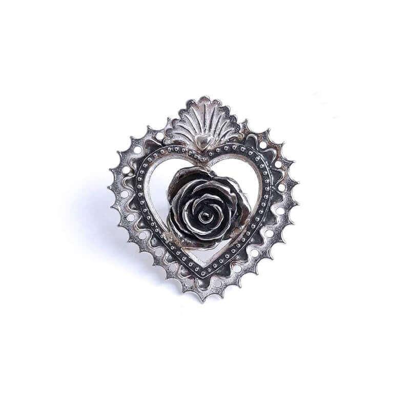 joyas mexicanas gabriela sanchez corazon bordado con rosa