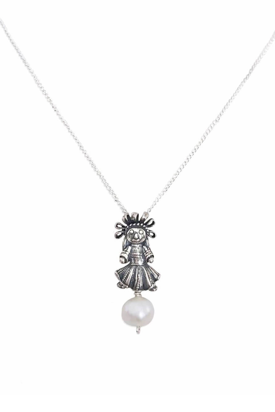 joyas mexicanas gabriela sanchez dije muneca chica con perla dije gabriela sanchez